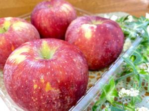 桃のようなリンゴ